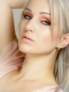blond-487071_640